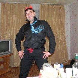 Я парень, привлекательной внешности. Хочу девушку в Томске