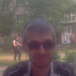 Парень, ищу девушку, женщину для фут фетиша в Томске