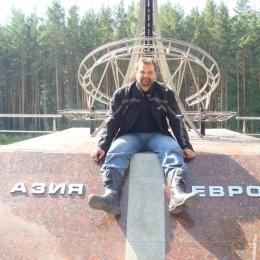 Военный, чистоплотный парень, ищу девушку без ограничения возраста, для секса в Томске