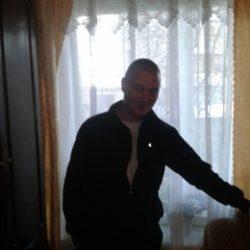 Молодой, симпатичный парень, ищу девушку для секса и приятного времяпрепровождения в Томске