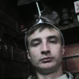 Парень ищу девушку или женщину, а можно и парня в Томске